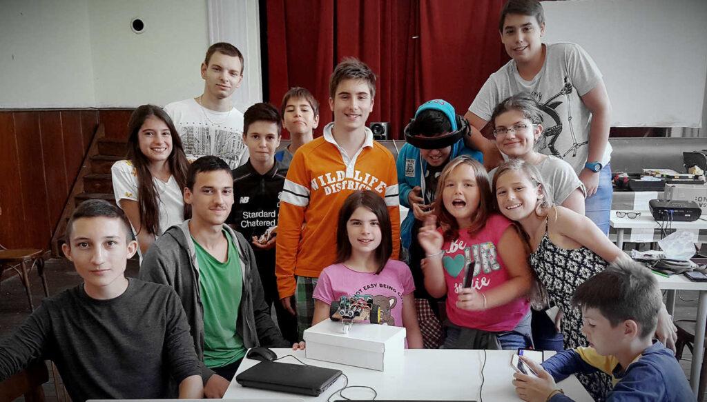 Лятна СТЕМ Академия